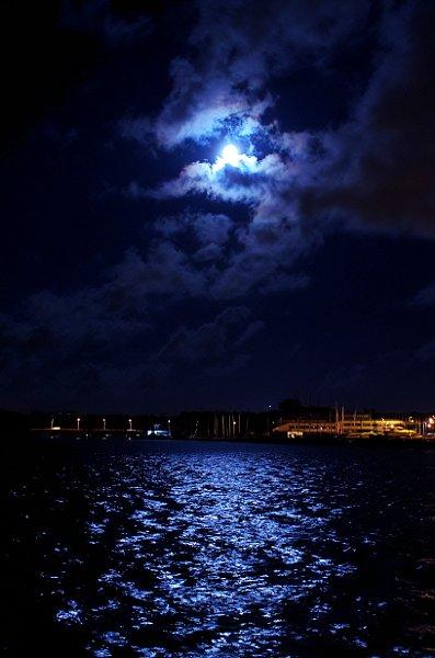 kuuvalgus1.jpg